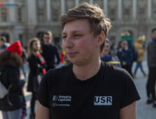 Narcis, student la Informatica, la protestul #sieu din Piata Universitatii