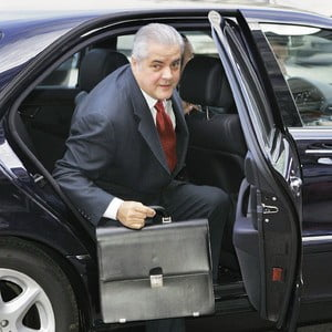 Nastase: Basescu este bolnav cu nervii