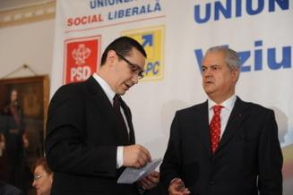 Nastase: Inlocuirea tuturor ministrilor PDL, tactica lui Basescu pentru alegeri