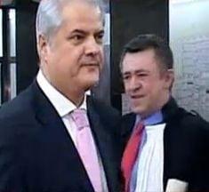 Nastase, condamnat la inchisoare cu executare - Puterea si Opozitia se contrazic
