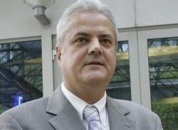 Nastase, urmarit penal in cazul finantarii campaniei din 2004