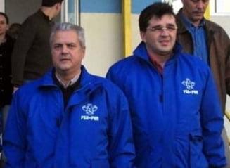 """Nastase ii da replica lui Oprisan: Nu """"Centrul"""" a distribuit casete cu jurnaliste dezbracate in Vrancea (Video)"""