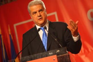 Nastase ironizeaza Strategia de aparare a lui Iohannis: CSAT va deveni primul guvern al tarii