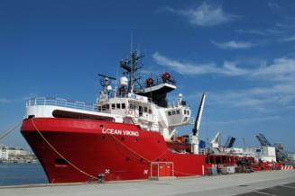 Nava umanitara Ocean Viking, cu 118 migranti la bord, asteapta un port de debarcare