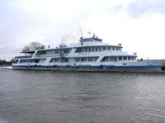Navrom Delta a trecut la sezonul de vara: Curse zilnice spre Sulina cu pasagerul sau catamaranul