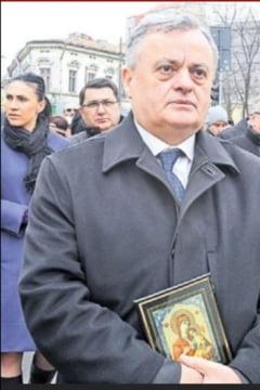 """Neculai Ontanu, in contextul atentatelor din Paris: Gabriel Oprea, inlaturat de """"neromani"""""""