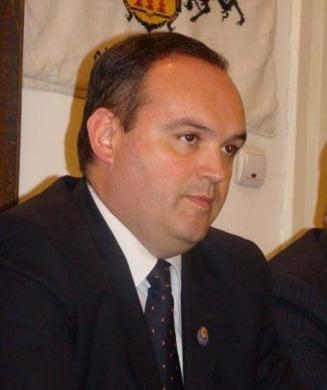 Negocieri aprinse in coalitia de guvernare pe tema comasarii alegerilor