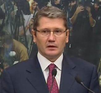 Negoita: Il sustin pe Boc si masurile de austeritate