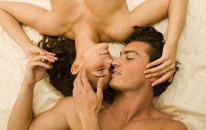 Nemtii, deloc de dorit in pat, spaniolii, cei mai cautati