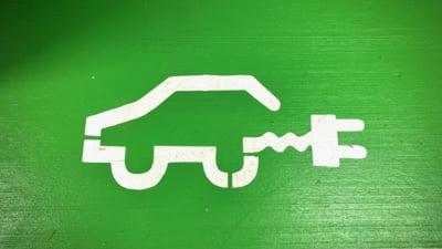 Neputința României în fața cerințelor UE privind mașinile electrice. Comisia Europeană trebuie să asigure, urgent, stimulente