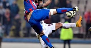 Nervi la Steaua: Doi fotbalisti s-au injurat pe teren in timpul meciului cu Partizan