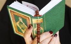 Nevestele musulmanilor din Malaezia militeaza pentru sexul in grup