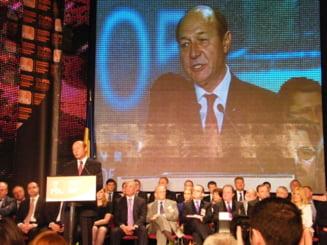 Nici Basescu nu mai intoarce PDL de la groapa (Opinii)