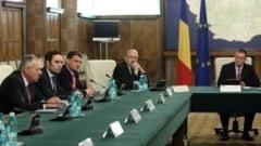 Nici Guvernul Ungureanu nu scapa de santaj (Opinii)