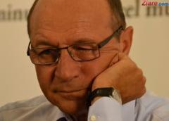 Nicolaescu: Basescu il pune si pe Papa Pius premier daca i se spune, e fricos!