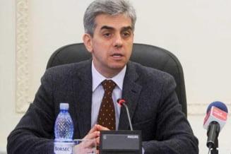 Nicolaescu: Serviciile medicale de baza trebuie insotite de asigurari private