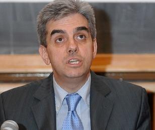 Nicolaescu a dat 22 de milioane de dolari pe un sistem informatic defect