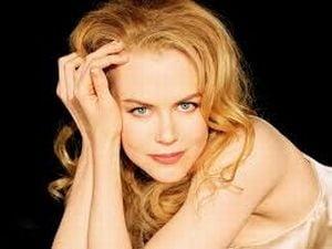 Nicole Kidman, rugaciune in familie pentru pacea mondiala (Video)