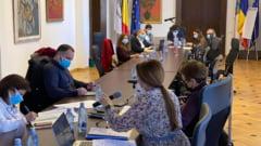 Nicusor Dan: Salariul unui director din Primaria Capitalei este de aproximativ 2700 de euro net