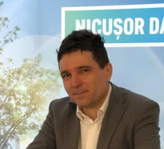 Nicusor Dan anunta ca poate candida independent la Primaria Capitalei, pe modelul lui Sorin Oprescu
