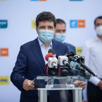 """Nicusor Dan despre motiunea de cenzura: """"Aceasta motiune n-a avut nicio legatura cu problemele Romaniei, ci doar cu dorinta de putere a PSD"""""""