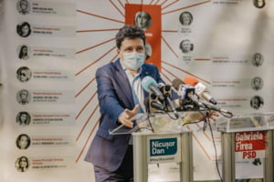 "Nicusor Dan o acuza pe Gabriela Firea ca ""revarsa rauri de minciuni"": ""Cu elicopterul pregatit si Primaria inchisa pana duminica, Elena Ceausescu lanseaza ultimele fake-news-uri"""