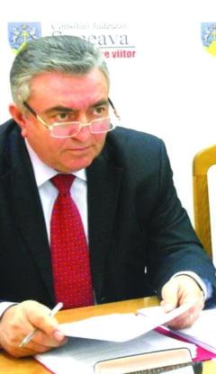 """Nita, exclus din PNL. Baisanu, """"atentionat"""" pentru colaborarea cu PSD"""