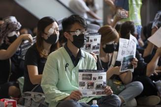 Noi ciocniri violente la Hong Kong, dupa o acalmie de 10 zile si un lant uman pe modelul Lantului Baltic
