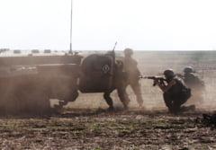 Noi confruntari armate in estul Ucrainei: Sase militari au fost ucisi