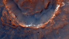 Noi imagini cu suprafata planetei Marte, captate de instrumentul CaSSIS. 20.000 de fotografii, stocate pana acum