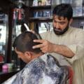 """Noi interdicții în Afganistan: """"Talibanii vin în continuare și ne ordonă să nu mai tundem bărbile"""""""