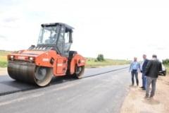 Noi lucrari de asfaltare pe drumurile judetene