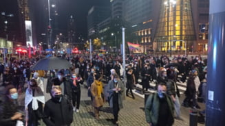 Noi manifestatii in Polonia impotriva interdictiei aproape totale a avortului; mii de persoane au protestat pe strazi
