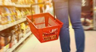 Noi masuri de protectie in Arges. Clientii supermarketurilor nu vor mai putea folosi cosurile de mana