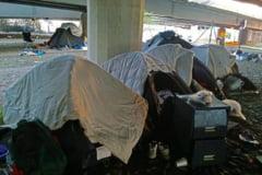 """Noi probleme pentru zeci de romani din Marea Britanie: Risca evacuarea din """"Fortareata"""""""