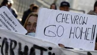 Noi proteste fata de gazele de sist, in Vaslui