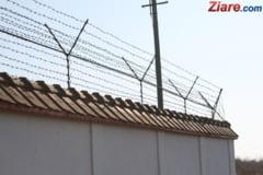 Noi proteste in penitenciare: Au iesit in strada angajatii de la Jilava si Deva
