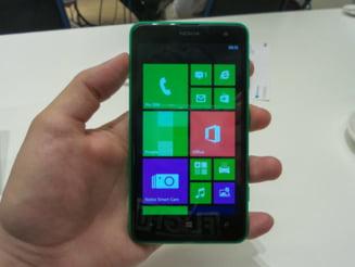 Nokia a lansat Lumia 625 - Cat costa si cand va aparea in magazine (Video)