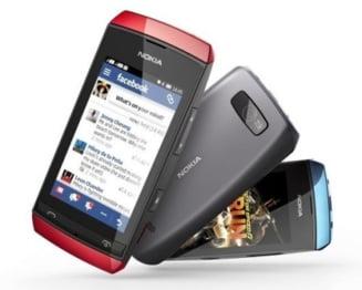 Nokia a lansat noi telefoane ieftine Asha cu touchscreen