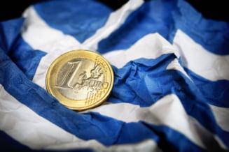 """Nori negri deasupra Greciei: Vine """"apocalipsa"""" in 2016? Ce spun economistii"""