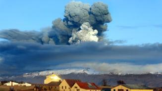 Norul de cenusa inchide spatiul aerian al Romaniei