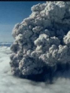 Norul de cenusa vulcanica nu ajunge pana sambata in Romania
