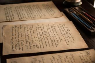 Notite ale lui Isaac Newton si cel mai vechi artefact scris din lume, prezentate intr-o expozitie online
