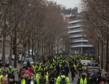 "Nou protest al miscarii ""Vestele galbene"": Mii de oameni au iesit in strada in Franta"