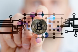 Nou record Bitcoin. A depasit pentru prima data plafonul de 25.000 de dolari