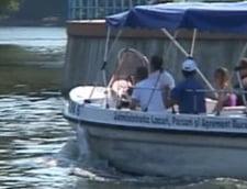 Noua distractie in Capitala: plimbarea cu salupa pe Lacul Floreasca