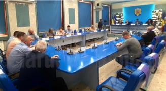 Noua proiecte adoptate in sedinta extraordinara a Consiliului Local de miercuri