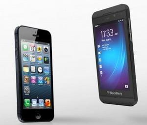 Noul Blackberry Z10 mai bun decat iPhone 5? Vezi comparatia (Video)