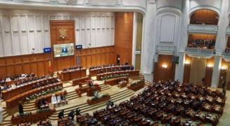 Noul parlament rezultat din alegerile din 6 decembrie s-ar putea intruni pana la sfarsitul anului. Care este procedura de constituire