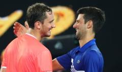 Novak Djokovic, irezistibil in finala Australian Open. Al 9-lea trofeu la Melbourne pentru liderul mondial. Rusul Medvedev a fost spulberat